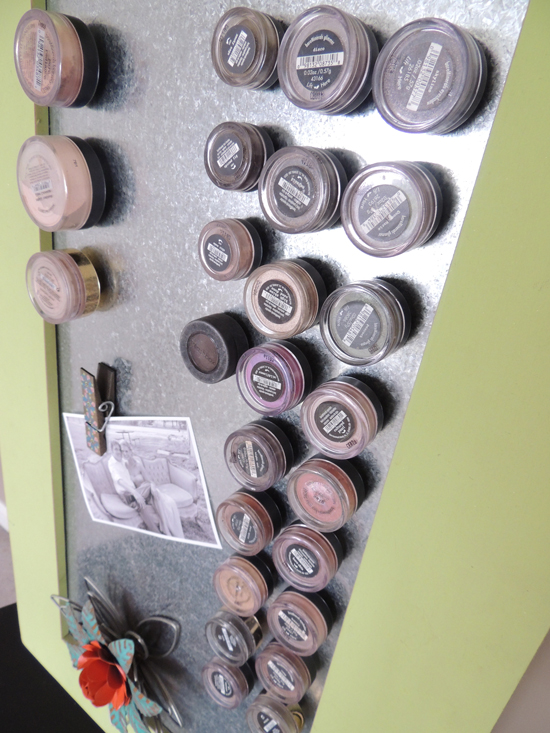 magnetic-make-up-storage-2